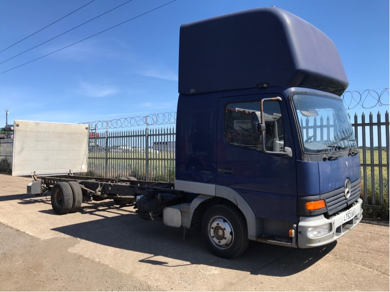 Mercedes 815 Atego Truck Breaking For Parts