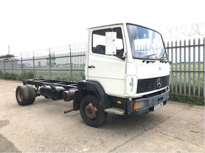 Mercedes 814 Truck For Breaking